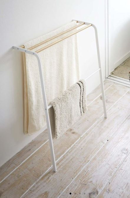 tosca leaning towel rack