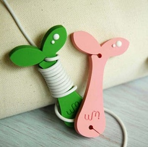 sprout earphone organizer