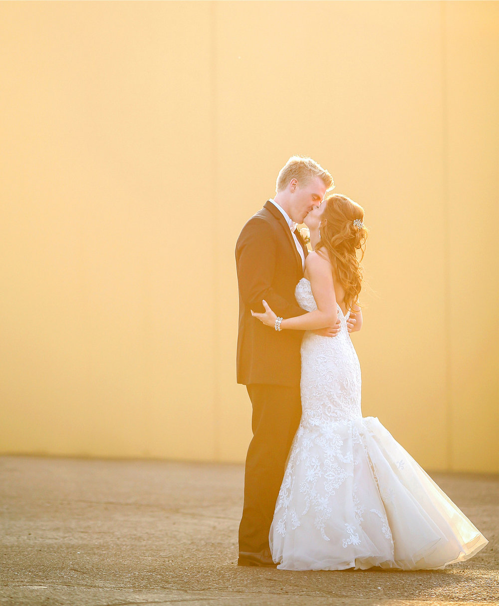 13-Minneapolis-Minnesota-Wedding-Photography-by-Vick-Photography-Golden-Hour-Tianna-&-Matt.jpg