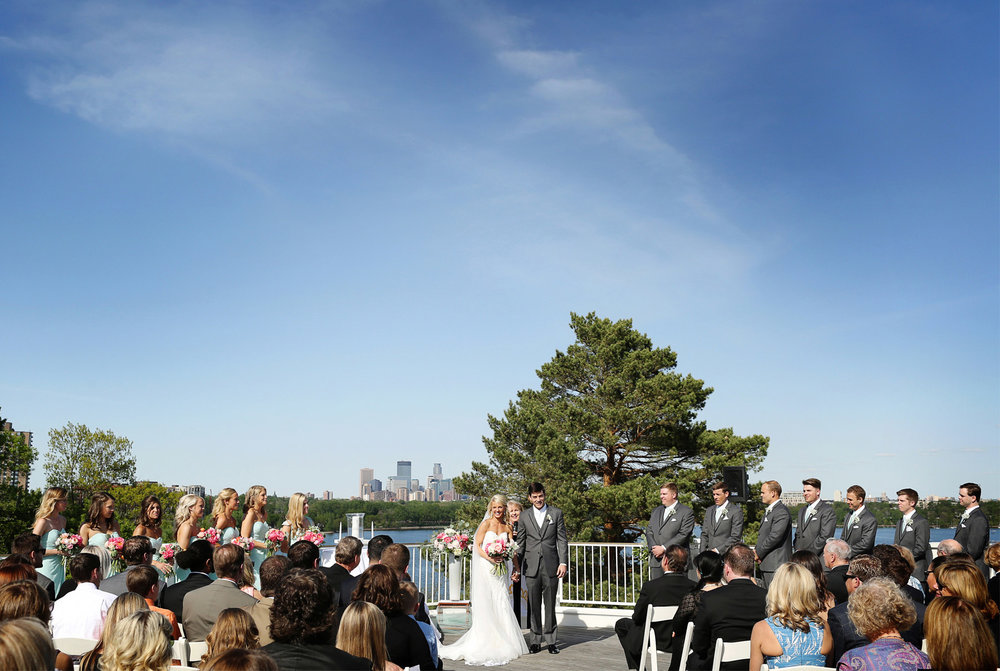 12-Minneapolis-Minnesota-Wedding-Photography-by-Vick-Photography-at-Minikahda-Country-Club-Outdoor-Ceremony-Sarah-&-Chad.jpg