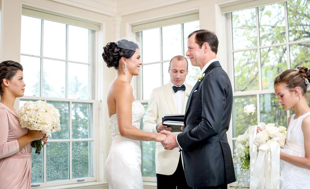 09-Minneapolis-Minnesota-Wedding-Photography-by-Vick-Photography-at-Minikahda-Country-Club-Ceremony-Leticia-&-Jay.jpg