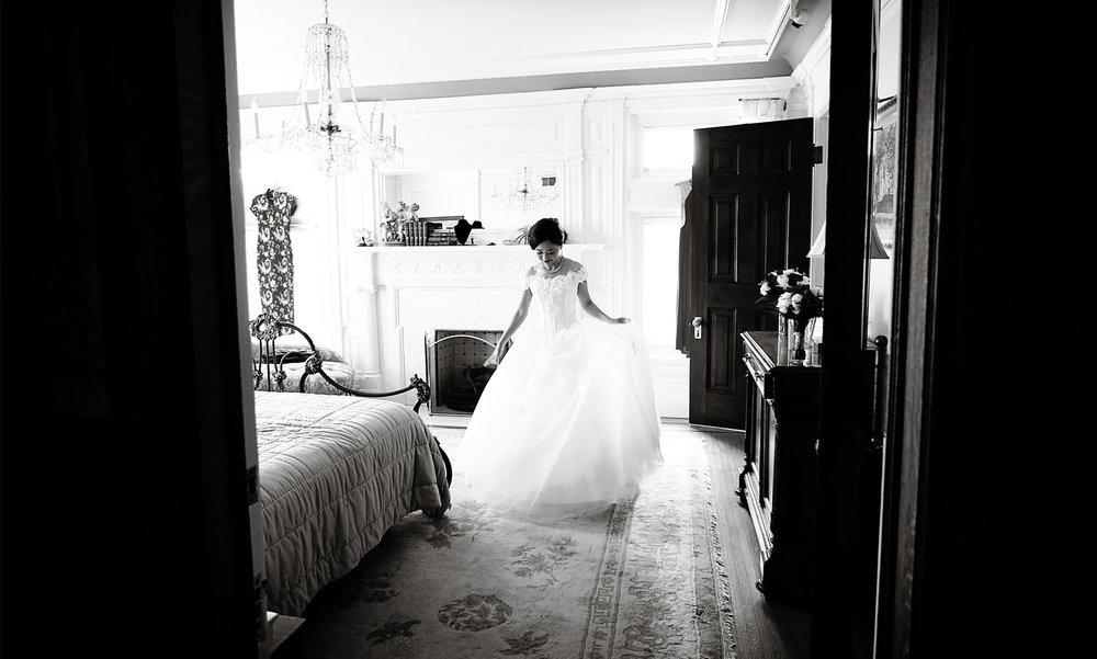 01-Minneapolis-Minnesota-Wedding-Photography-by-Vick-Photography--Van-Dusen-Mansion-Bride-Ruilin-&-John.jpg