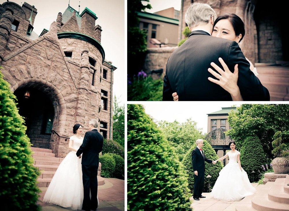 02-Minneapolis-Minnesota-Wedding-Photography-by-Vick-Photography--Van-Dusen-Mansion-First-Look-Ruilin-&-John.jpg