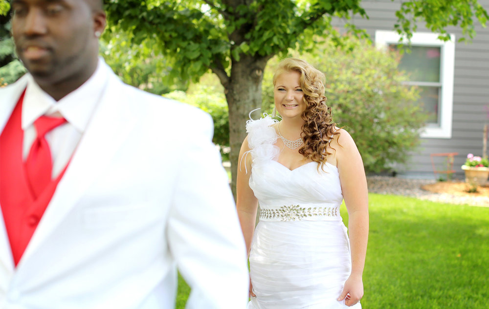 02-Minneapolis-Minnesota-Wedding-Photography-by-Vick-Photography-at-Plymouth-Creek-Center-First-Look-Emily-&-Lonnie.jpg