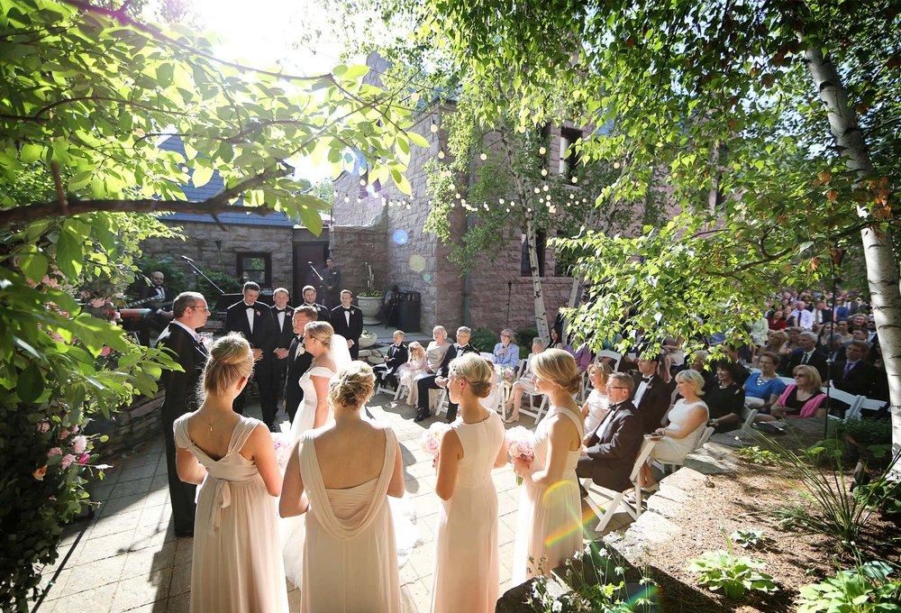 10-Minneapolis-Minnesota-Wedding-Photography-by-Vick-Photography-Van-Dusen-Mansion-Outdoor-Ceremony-Taryn-&-Scott.jpg