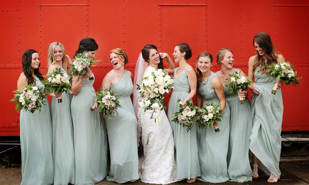 10-Stillwater-Minnesota-Wedding-Photography-by-Vick-Photography--Bridesmaids-Alicia-&-Cole.jpg