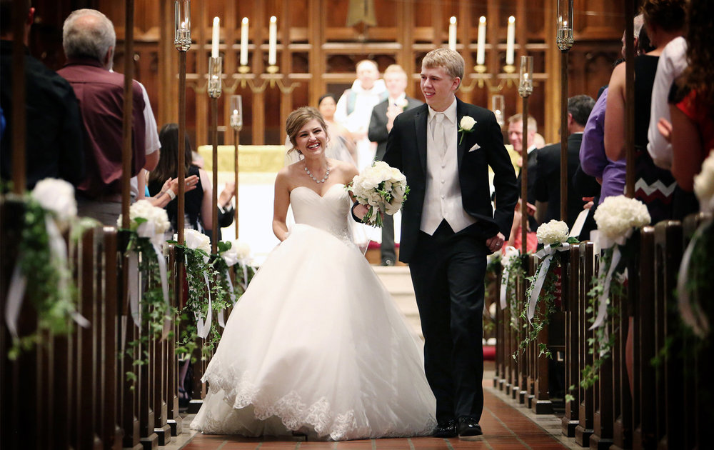 05-Minneapolis-Minnesota-Wedding-Photography-by-Vick-Photography-Central-Lutheran-Church-Ceremony-Courtney-&-John.jpg