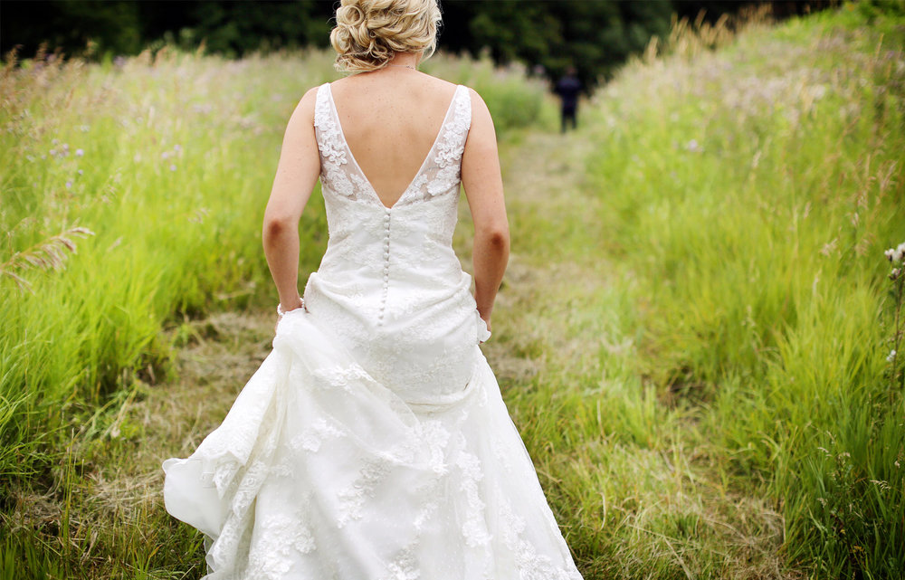 03-Minneapols-Minnesota-Wedding-Photography-by-Vick-Photography-Westwood-Church-Minnetonka-First-Look-Gretchen-&-Peter.jpg
