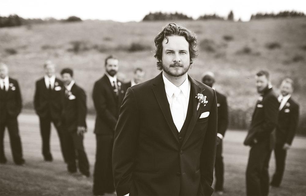 08-Minneapols-Minnesota-Wedding-Photography-by-Vick-Photography--Groomsmen-Gretchen-&-Peter.jpg