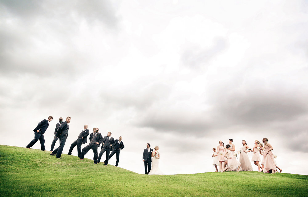 15-Minneapols-Minnesota-Wedding-Photography-by-Vick-Photography--Wedding-Party-Group-Gretchen-&-Peter.jpg
