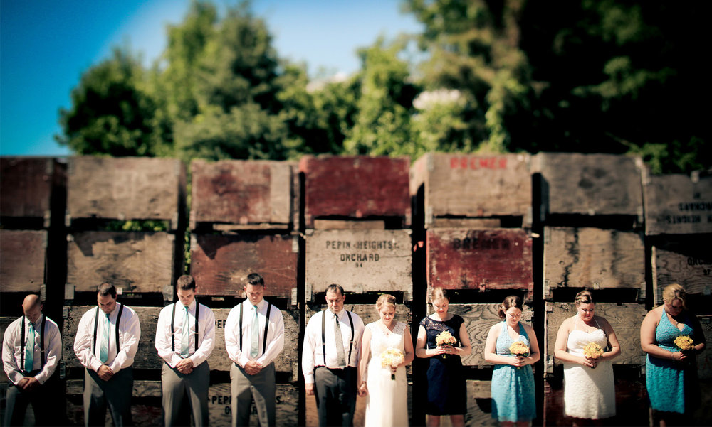 05-Minneapolis-Minnesota-Wedding-Photography-by-Vick-Photography-Minnesota-Harvest-Apple-Orchard-Vintage-Emilie-&-Giovanni.jpg