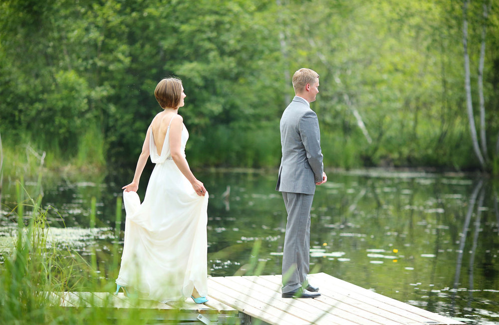 02-Wisconsin-Wedding-Photography-by-Vick-Photography-Destination-Wedding-Midwest-Trego-Lake-First-Look-Brittany-&-Matthew.jpg