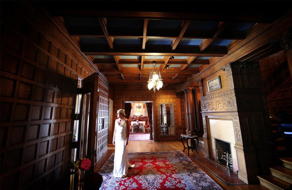 01-Minneapolis-Minnesota-Wedding-Photography-by-Vick-Photography-Van-Dusen-Mansion-Bride-Jenny-&-Steve.jpg