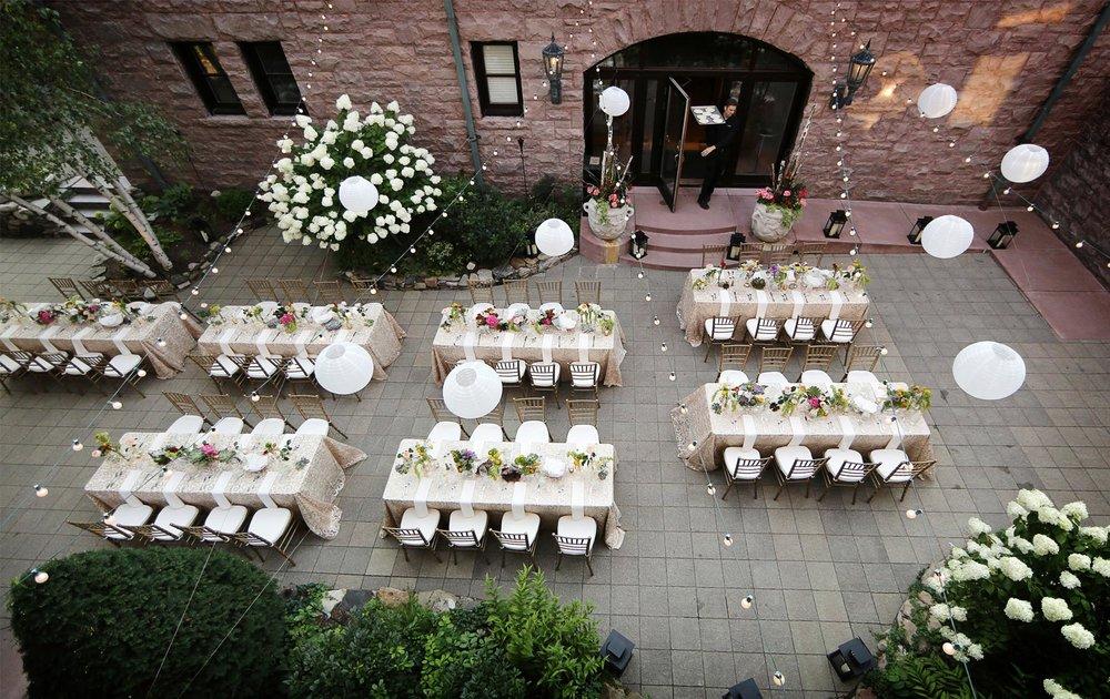 11-Minneapolis-Minnesota-Wedding-Photography-by-Vick-Photography-Van-Dusen-Mansion-Outdoor-Reception-Decor-Jenny-&-Steve.jpg