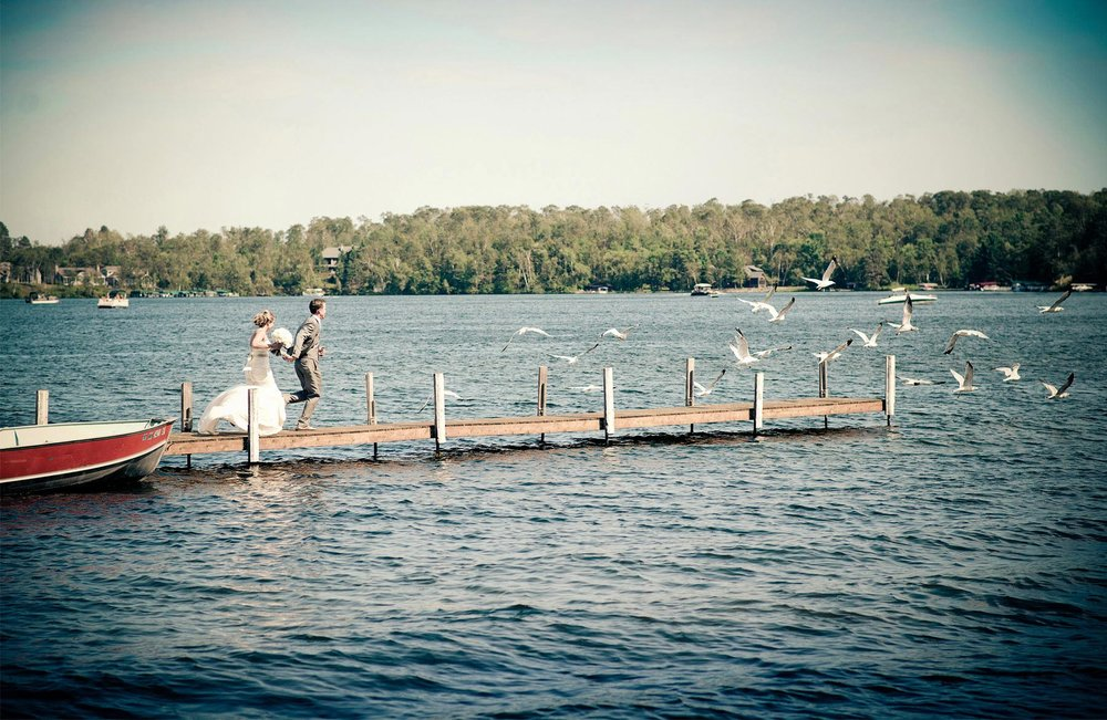 05-Brainerd-Minnesota-Wedding-Photography-by-Vick-Photography-Craguns-Resort-First-Look-Lake-Lucy-&-Matt.jpg