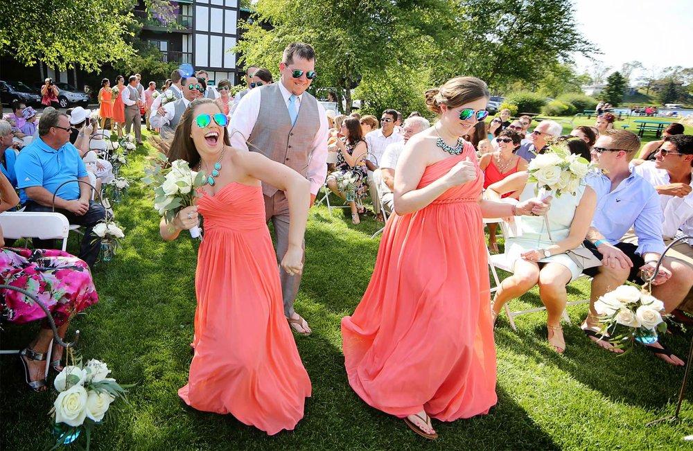 09-Brainerd-Minnesota-Wedding-Photography-by-Vick-Photography-Craguns-Resort-Outdoor-Dancing-Ceremony-Lucy-&-Matt.jpg