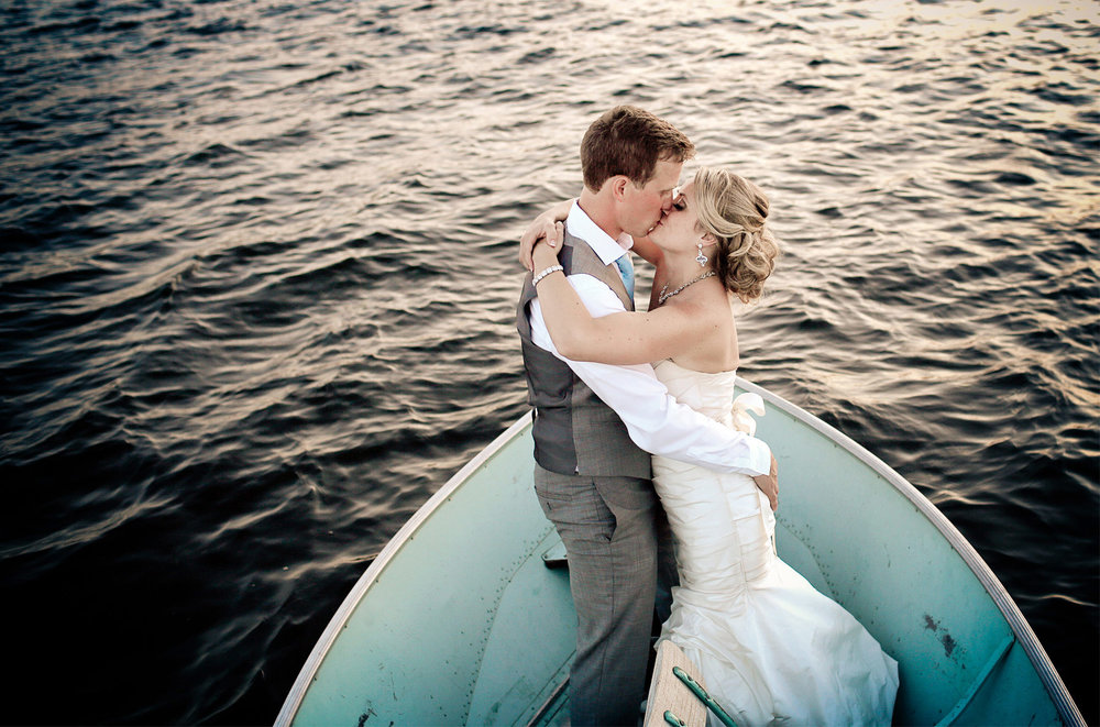 18-Brainerd-Minnesota-Wedding-Photography-by-Vick-Photography-Craguns-Resort-Lake-Boat-Lucy-&-Matt.jpg