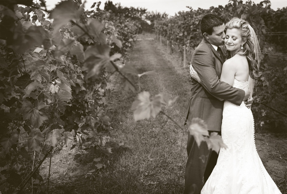 04-Lake-Pepin-Wisconsin-Wedding-Photography-by-Vick-Photography-Villa-Bellezza-Vineyard-Winery-First-Look-Emily-&-Sam.jpg