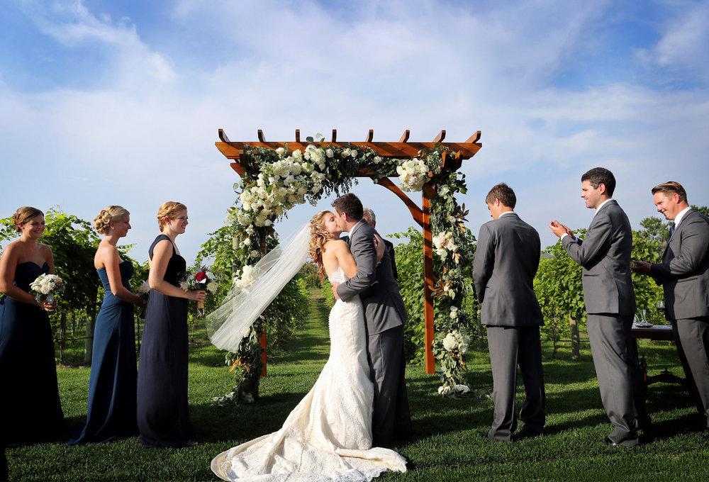 09-Lake-Pepin-Wisconsin-Wedding-Photography-by-Vick-Photography-Villa-Bellezza-Vineyard-Winery-Outdoor-Ceremony-Emily-&-Sam.jpg