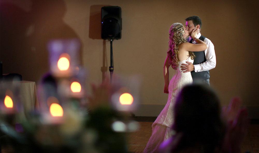 14-Lake-Pepin-Wisconsin-Wedding-Photography-by-Vick-Photography-Villa-Bellezza-Vineyard-Winery-Reception-Emily-&-Sam.jpg
