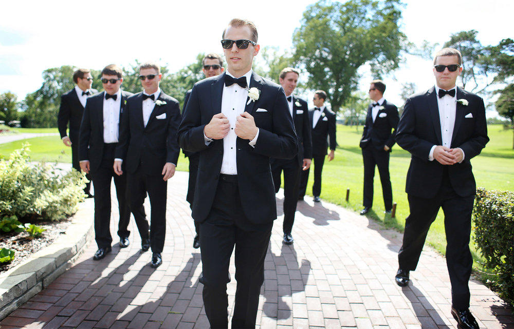 09-Minneapolis-Minnesota-Wedding-Photography-by-Vick-Photography-Groomsmen-Garden-Sarah-&-Brett.jpg