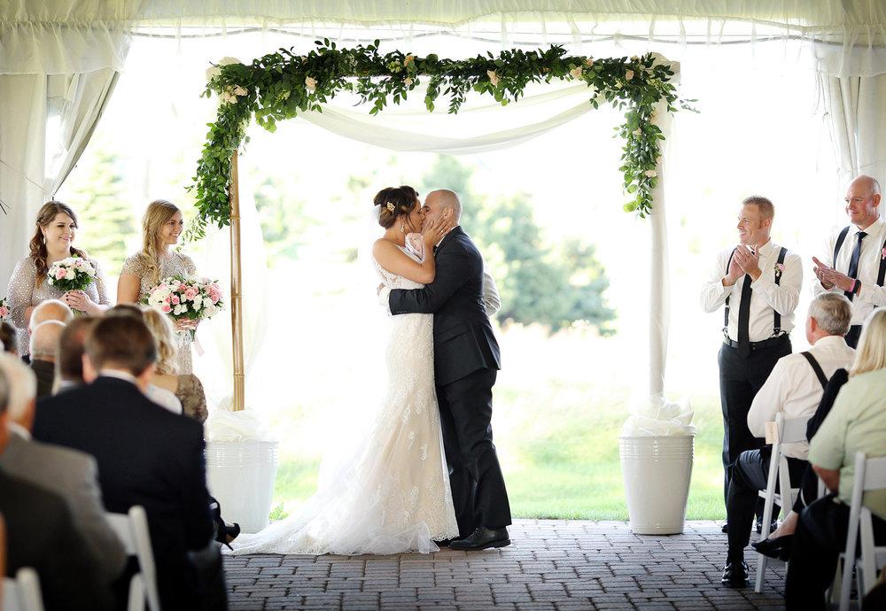 14-Stillwater-Minnesota-Wedding-Photography-by-Vick-Photography-Outdoor-Ceremony-First-Kiss-Tara-&-Ryan.jpg