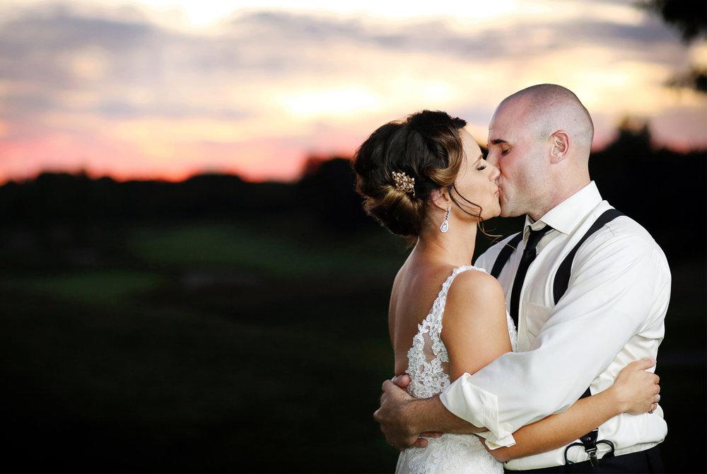 21-Stillwater-Minnesota-Wedding-Photography-by-Vick-Photography-Stone-Ridge-Golf-Club-Sunset-Tara-&-Ryan.jpg