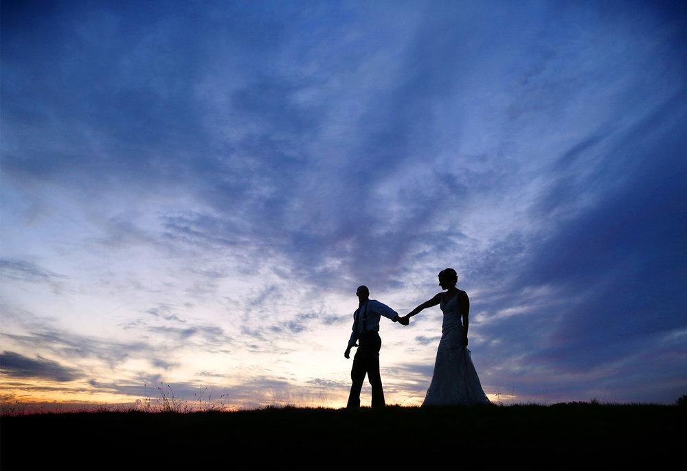 22-Stillwater-Minnesota-Wedding-Photography-by-Vick-Photography-Stone-Ridge-Golf-Club-Sunset-Tara-&-Ryan.jpg
