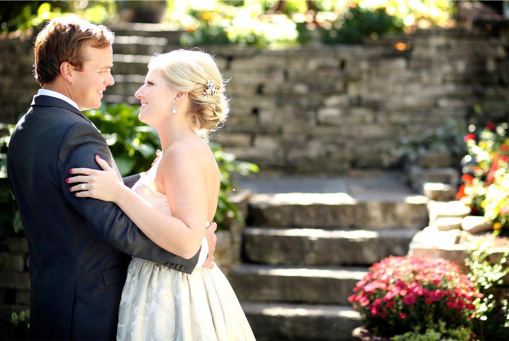04-Minneapolis-Minnesota-Wedding-Photography-by-Vick-Photography--Calhoun-Beach-Club-Garden-First-Look-Kristen-&-Nick.jpg