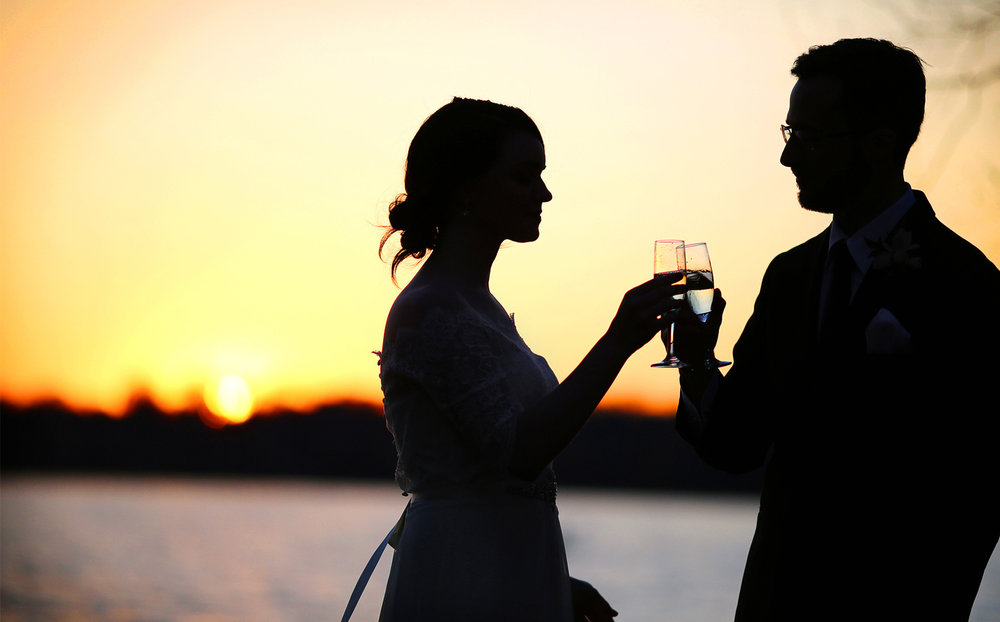 11-Minneapolis-Minnesota-Wedding-Photography-by-Vick-Photography-Autumn-Lake-Sunset-Toasting-Sarah-and-Patrick.jpg