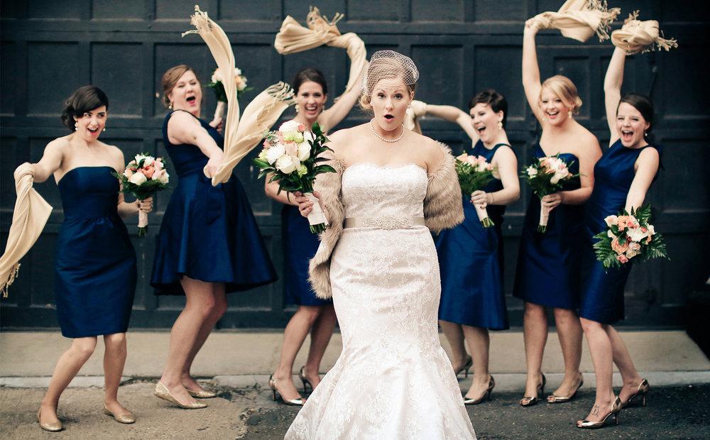 07-Minneapolis-Minnesota-Wedding-Photography-Aria-Bridesmaids-Downtown-Industrial-Heidi-and-Peter.jpg