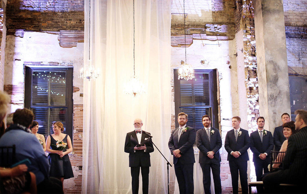 10-Minneapolis-Minnesota-Wedding-Photography-Aria-Ceremony-Downtown-Industrial-Heidi-and-Peter.jpg