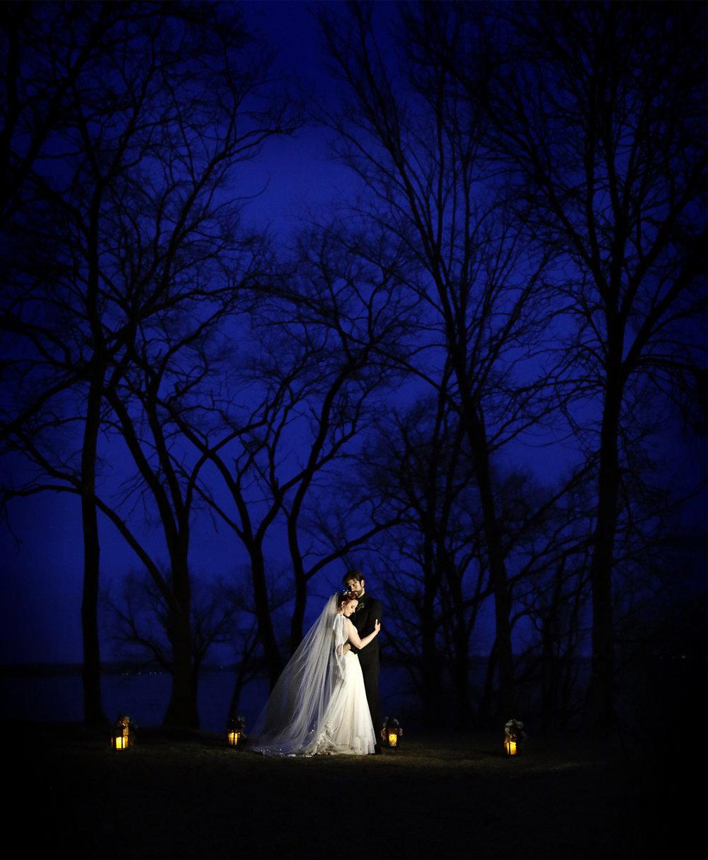 19-Minneapolis-Minnesota-Wedding-Photography-by-Vick-Photography--Chanhassen-Night-Photography-Winter-Lanterns-Dark-Trees-Ashley-and-Aaron.jpg
