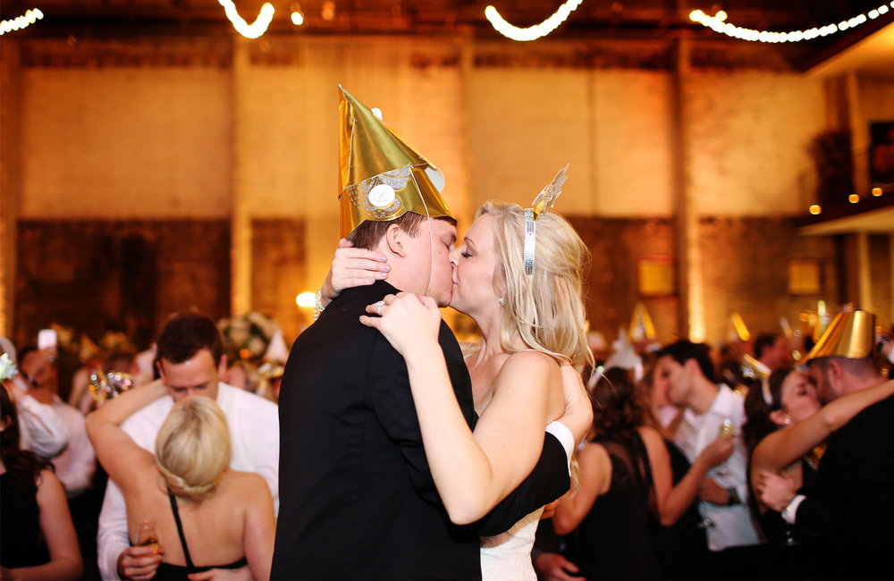 21-Minneapolis-Minnesota-Wedding-Photography-by-Vick-Photography-Aria-New-Years-Eve-Reception-Caroline-and-J.jpg