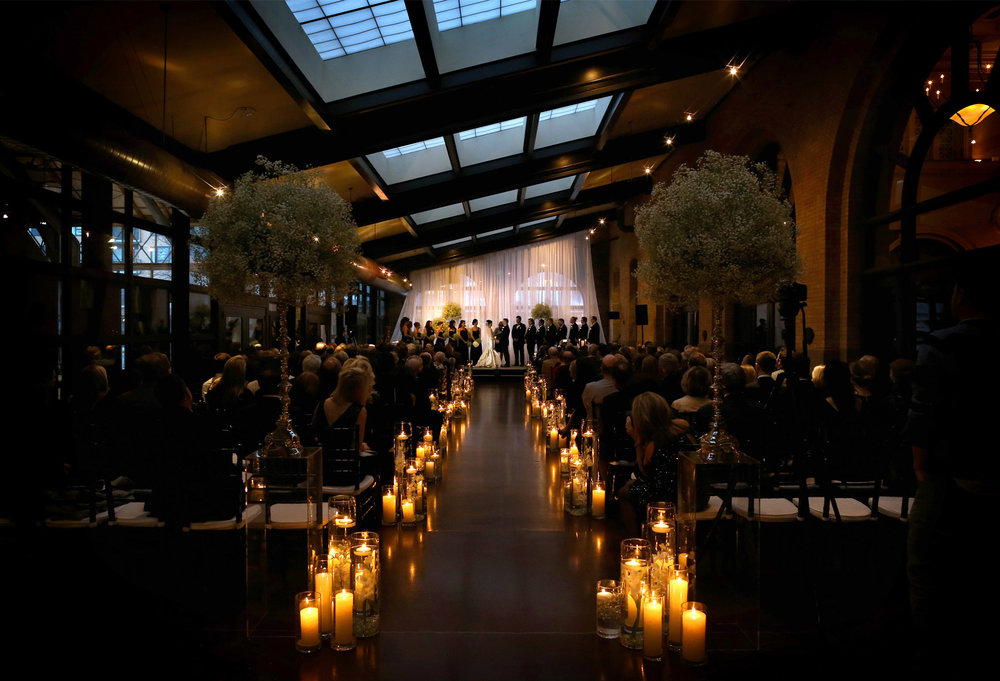 09-Minneapolis-Minnesota-Wedding-Photography-by-Vick-Photography-Downtown-The-Depot-Historic-Venue-Ceremony-Candles-Romantic-Kimberly-and-Robert.jpg