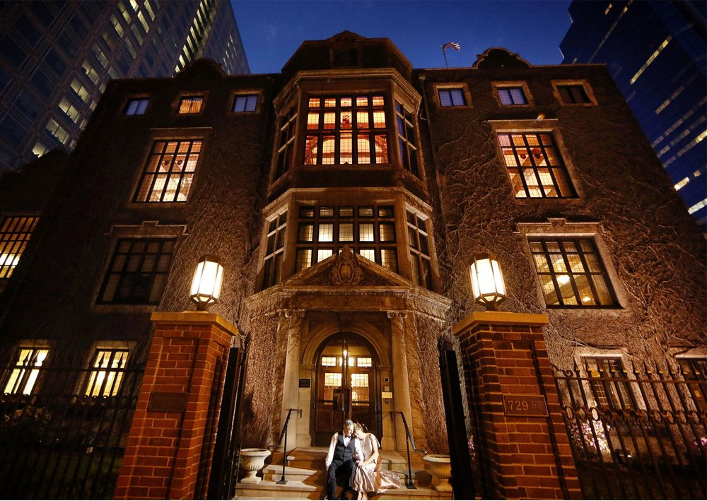 15-Minneapolis-Minnesota-Wedding-Photography-by-Vick-Photography-Downtown-The-Minneapolis-Club-Mansion-Night-Photography-City-Tonia-and-Paul.jpg