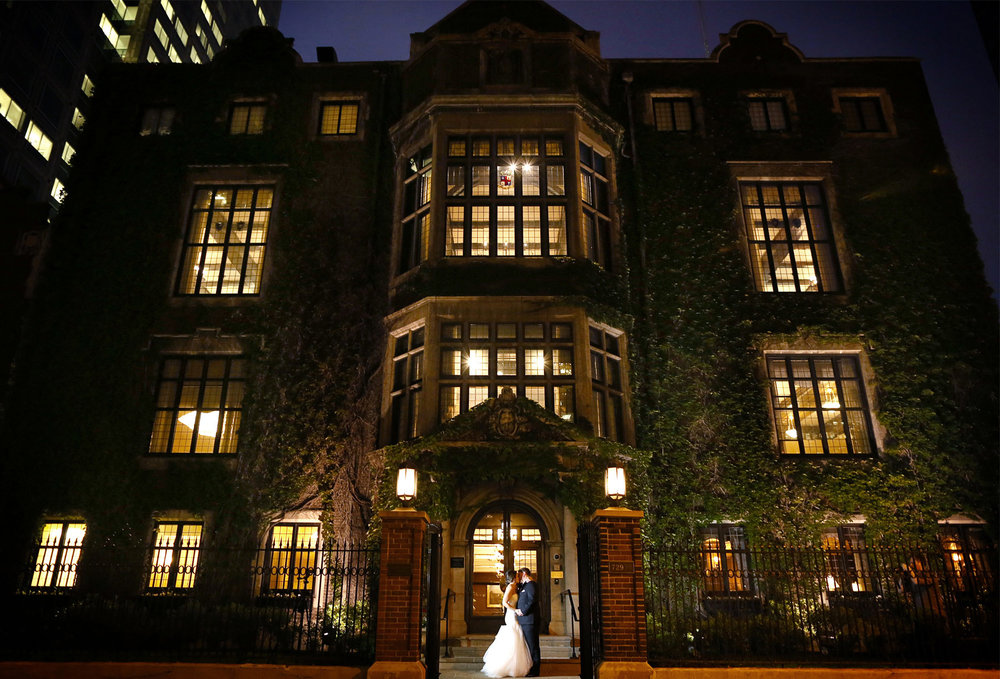 19-Minneapolis-Minnesota-Wedding-Photography-by-Vick-Photography-Downtown-The-Minneapolis-Club-Night-Photography-Megan-and-Andrew.jpg