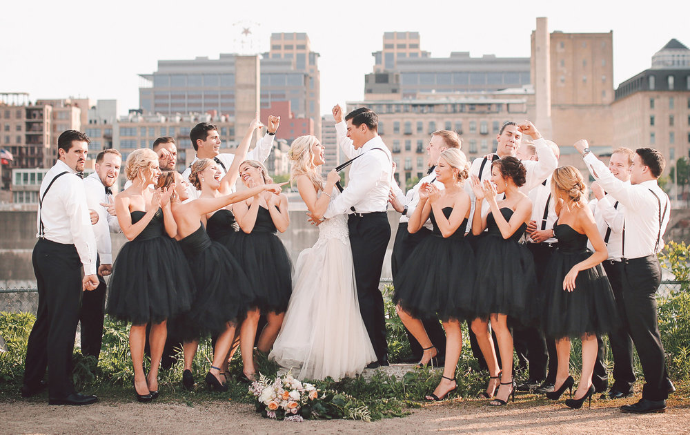 12-Minneapolis-Minnesota-Wedding-Photography-by-Vick-Photography-Aria-Downtown-Industrial-Wedding-Party-Group-Skyline-Nikki-and-Scott.jpg