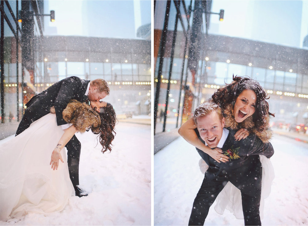 13-Minneapolis-Wedding-Photography-by-Vick-Photography-Snow-Winter-Downtown-Blizzard-Laura-and-Michael.jpg