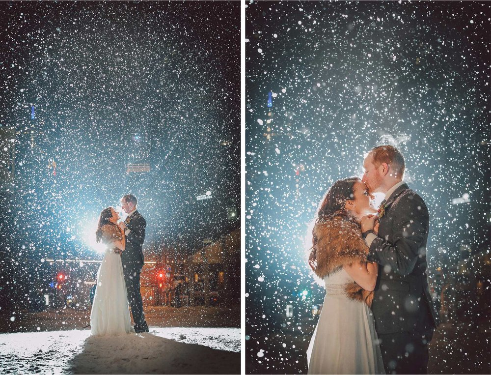 18-Minneapolis-Wedding-Photography-by-Vick-Photography-Snow-Winter-Downtown-Blizzard-Laura-and-Michael.jpg