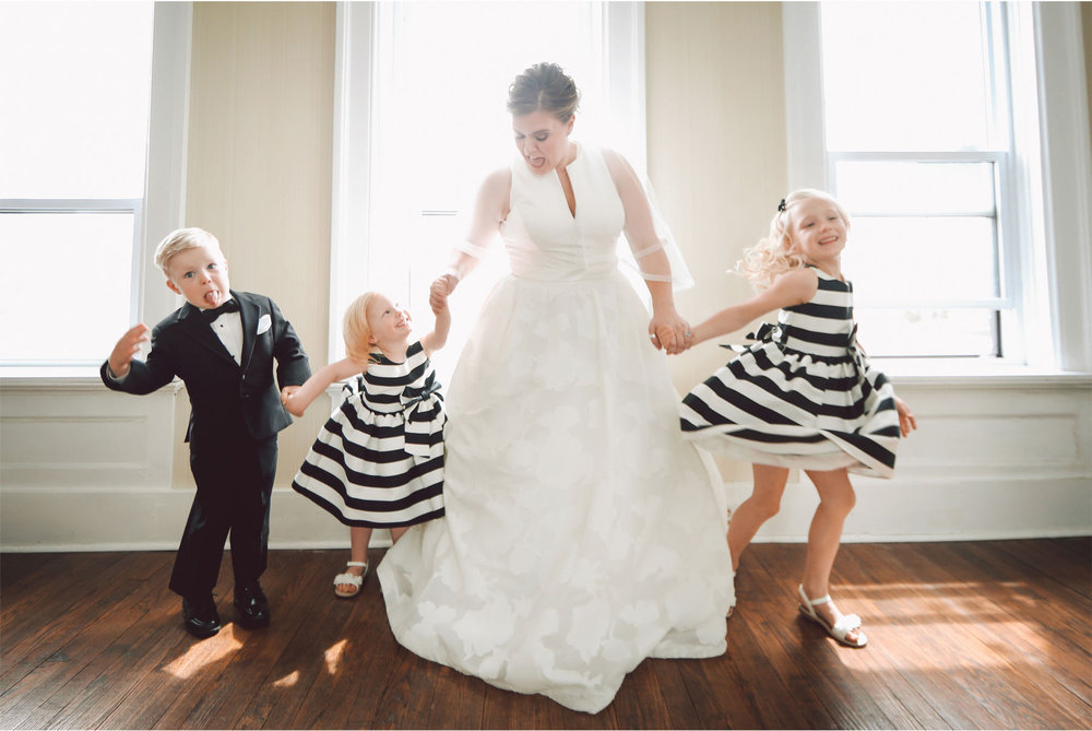 04-Michigan-Wedding-Photography-by-Vick-Photography-Belle-Isle-Boat-House-Dress-Flower-Girls-Janell-and-Anthony.jpg