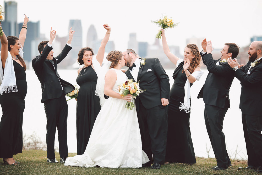 10-Michigan-Wedding-Photography-by-Vick-Photography-Wedding-Party-Group-Janell-and-Anthony.jpg