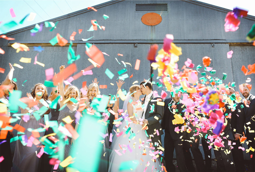 16-Minneapolis-Wedding-Photography-by-Vick-Photography-Confetti-Wedding-Party-Group-Country-Barn-Kasie-and-Joshua.jpg