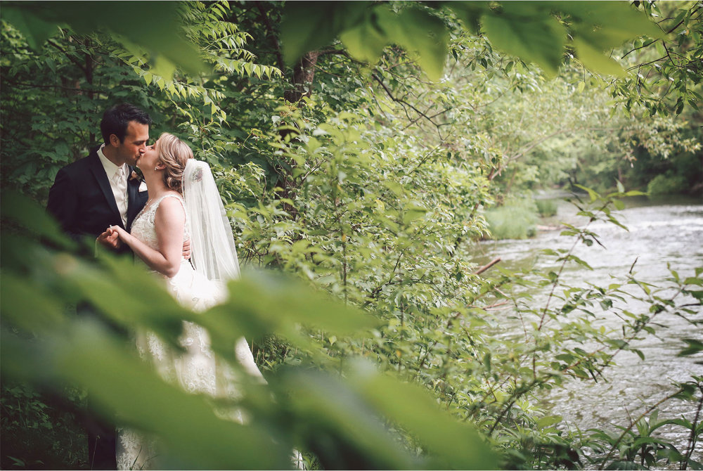 09-River-Falls-Wisconsin-Wedding-Photography-by-Vick-Photography-River-Britty-and-Tyler.jpg