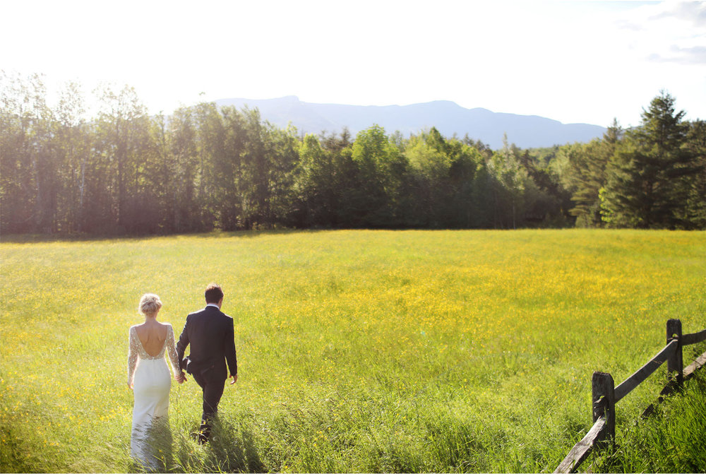 26-Stowe-Vermont-Wedding-Photography-by-Vick-Photography-Field-Sunset-Mackenzie-and-Jim.jpg