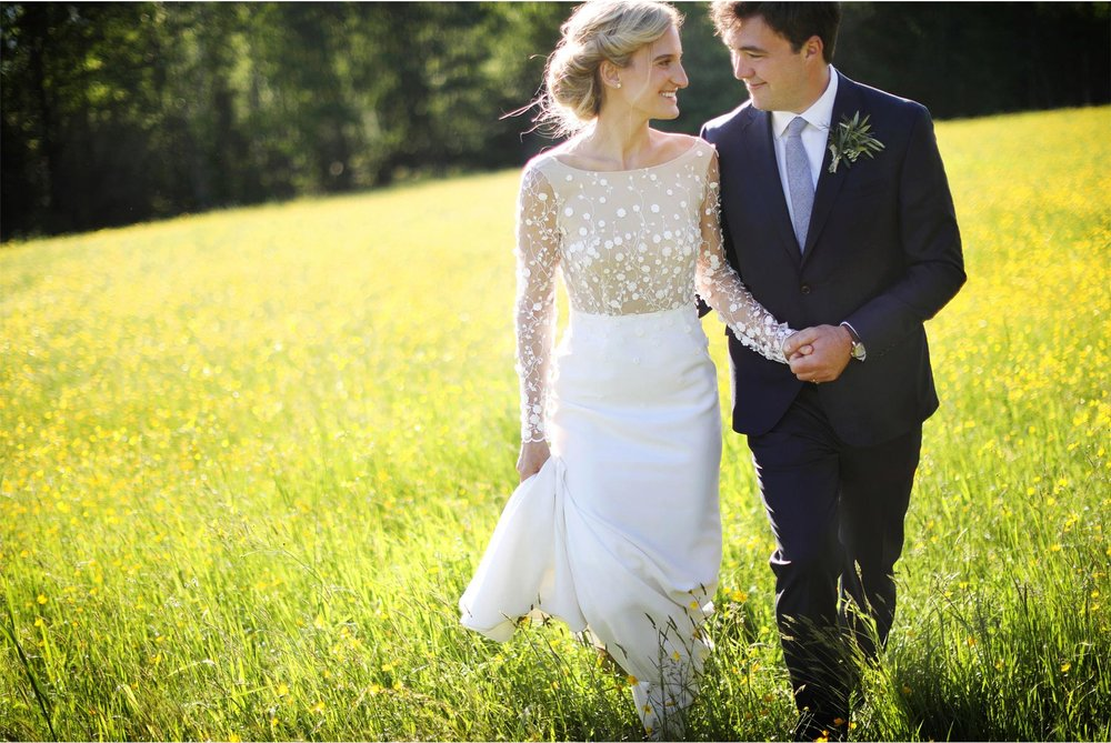 27-Stowe-Vermont-Wedding-Photography-by-Vick-Photography-Field-Sunset-Mackenzie-and-Jim.jpg