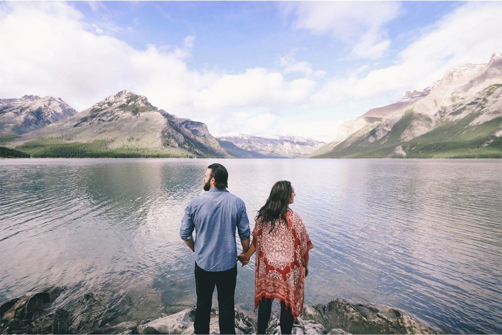 08-Banff-Canada-Engagement-Photography-by-Vick-Photography-Lake-Louise-Mountains-Lizz-and-Brady.jpg