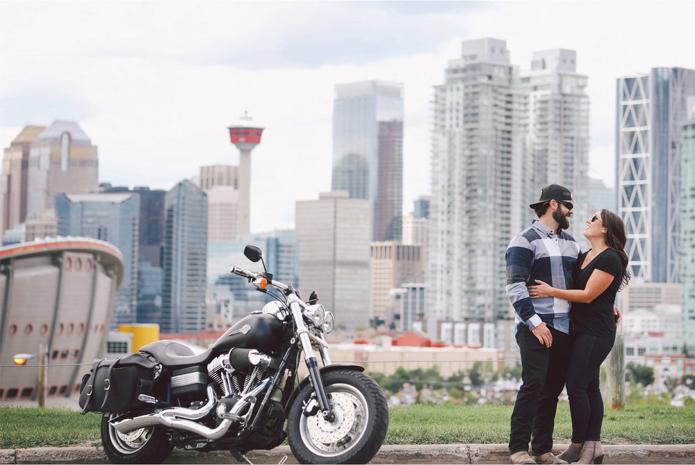 09-Calgary-Canada-Engagement-Photography-by-Vick-Photography-Bikers-Harley-Davidson-Skyline-Lizz-and-Brady.jpg