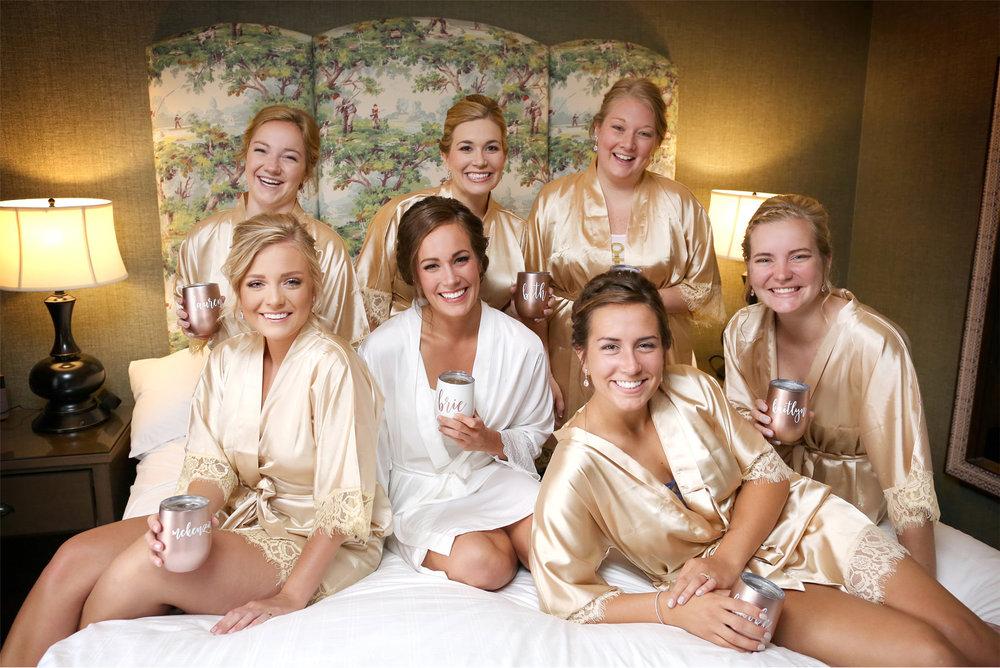 01-Minneapolis-Minnesota-Wedding-Photography-by-Vick-Photography-Graduate-Hotel-Wedding-Morning-Robes-Bridesmaids-Brianna-and-Bryce.jpg