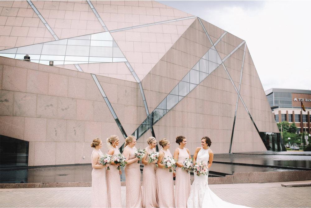 07-Minneapolis-Minnesota-Wedding-Photography-by-Vick-Photography-McNamara-Alumni-Center-Bridesmaids-Brianna-and-Bryce.jpg